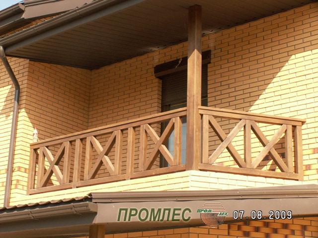 Перила на балкон из дерева - тристан.